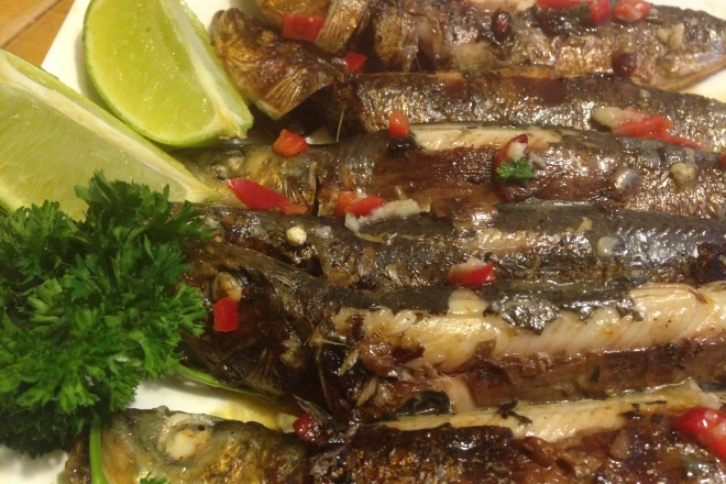 Gegrilde sardientjes met Spaanse peper en limoen