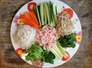 Schaal met groenten en kruiden